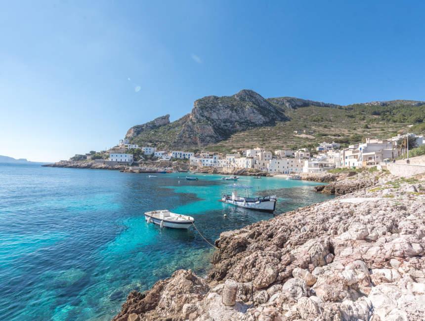 egadische eilanden trapani bezienswaardigheden levanzo
