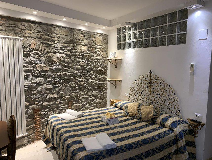 Giovanni Rooms Manarola