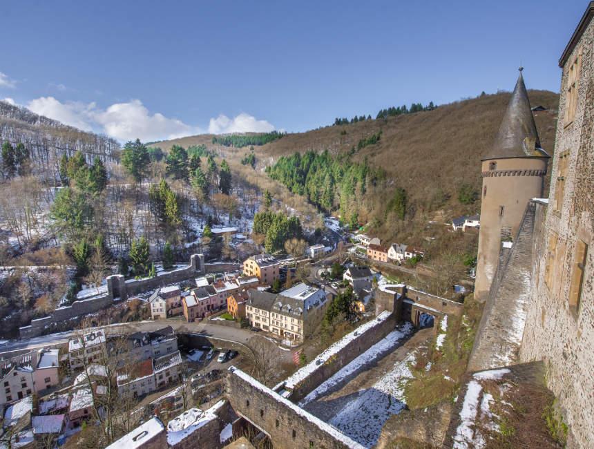uitzicht kasteel vianden luxemburg