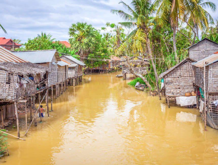 paalwoningen tonle sap meer cambodja bezienswaardigheden