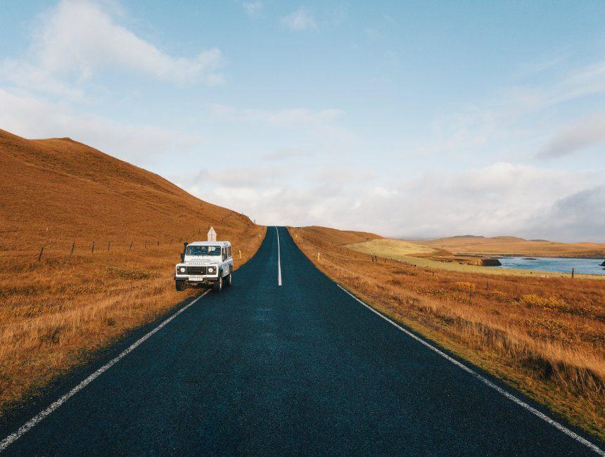 ijsland landschap road trip
