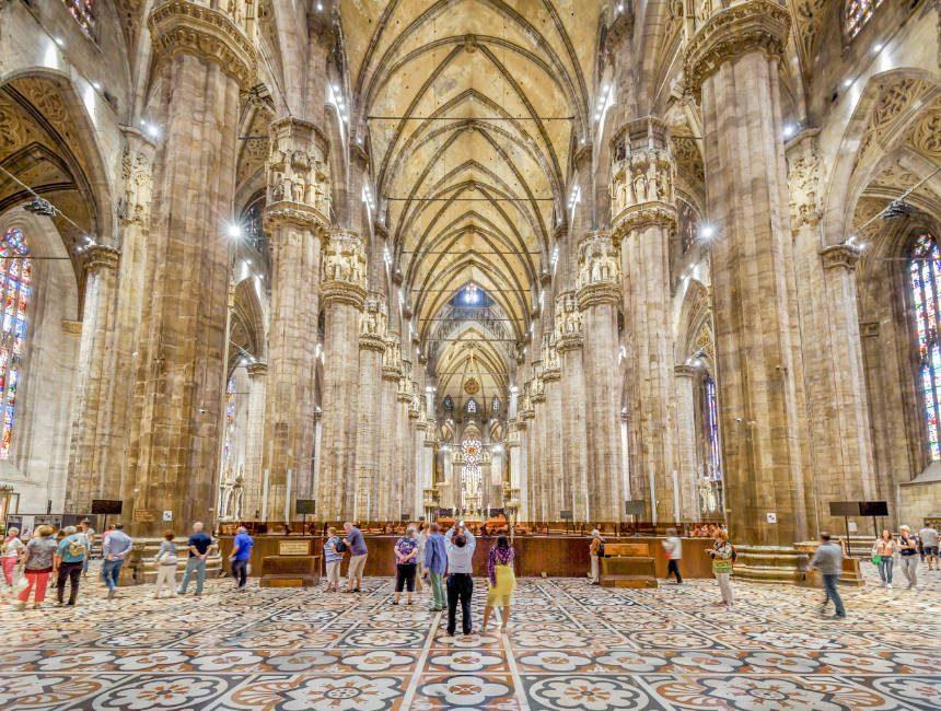 binnenkant duimo milaan kathedraal