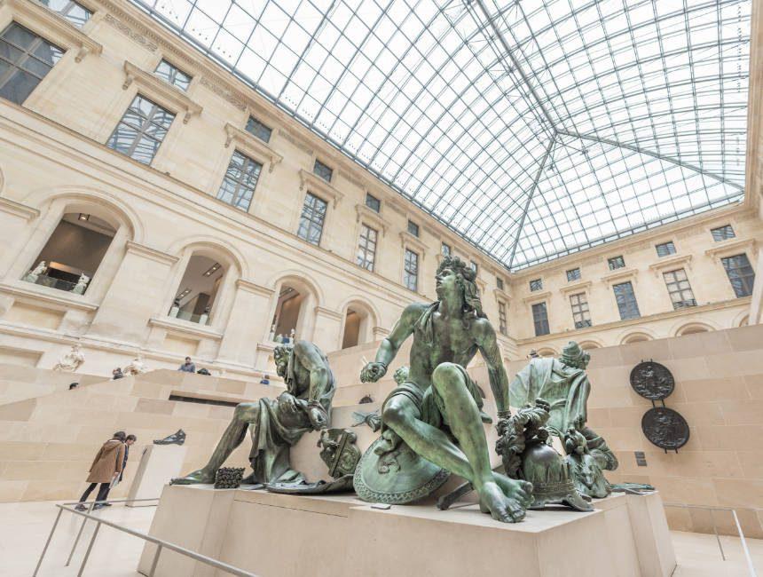 Louvre bezienswaardigheden parijs