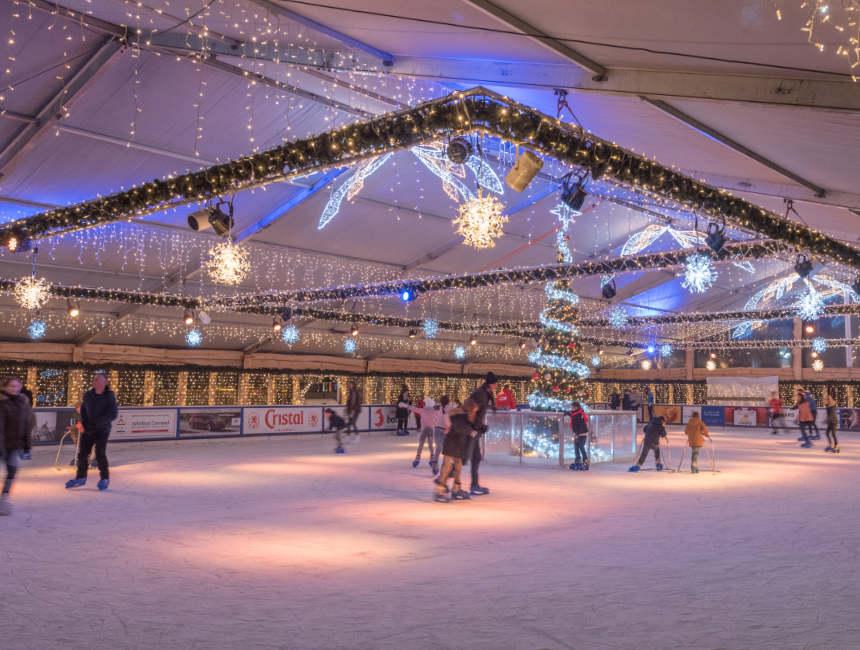Schaatsbaan Hasselt kerstmarkt