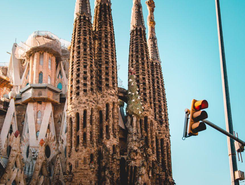 kerk gaudi barcelona sagrada familia