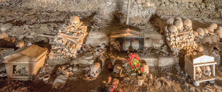 napels reisgids cimitero delle fontanelle