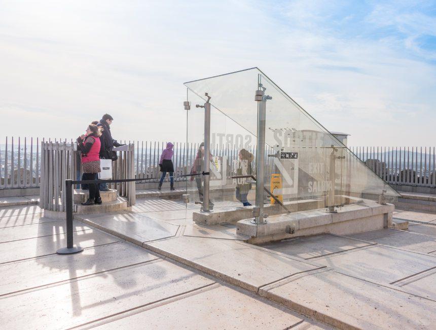 arc de triomphe platform
