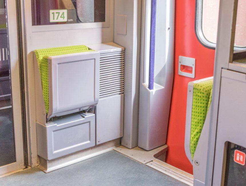 klapstoeltjes izy trein brussel parijs