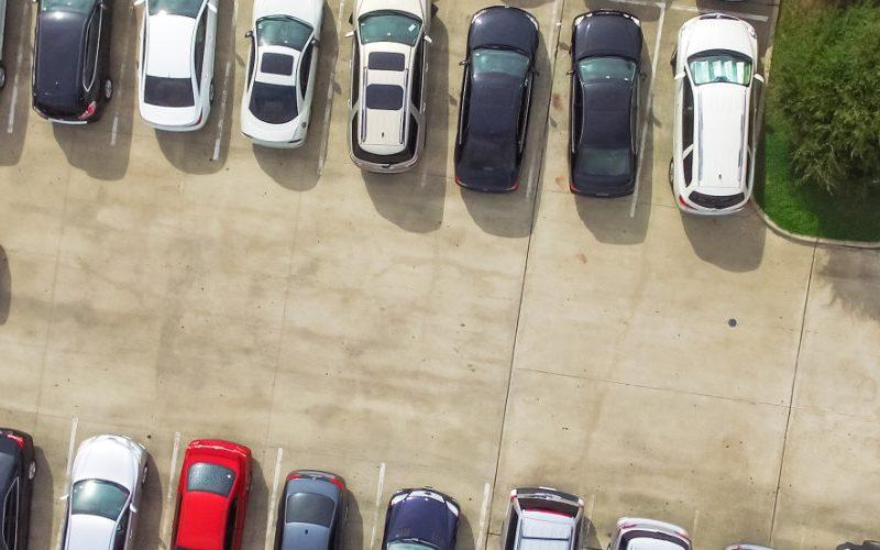 Maastricht airport parkeren