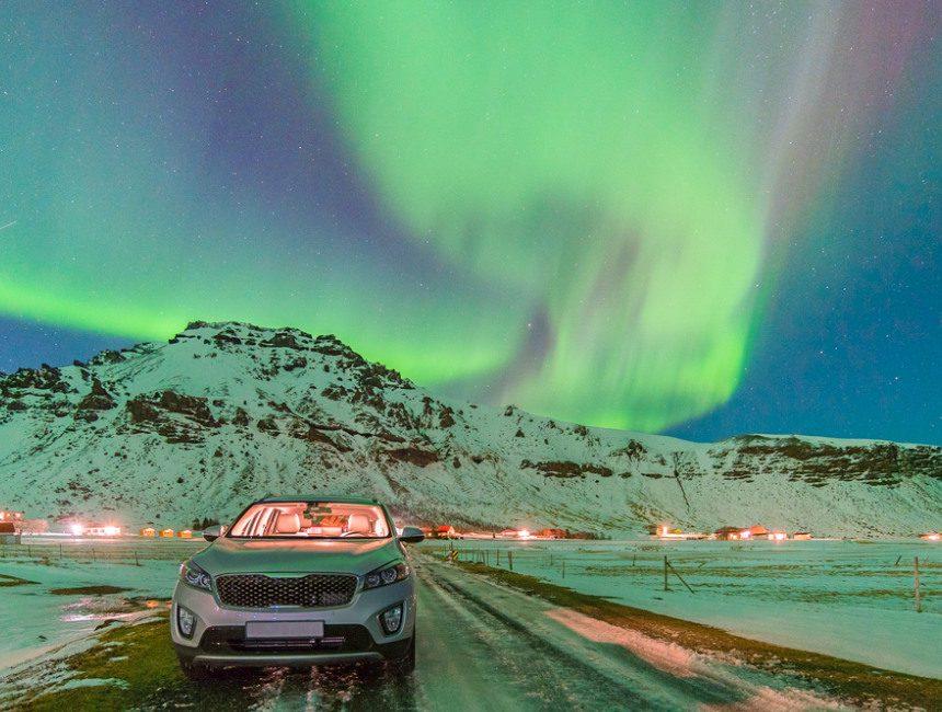 noorderlicht huurauto IJsland