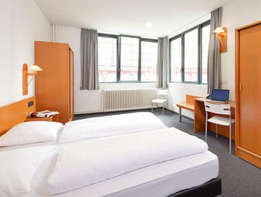 Century Hotel Antwerpen budget