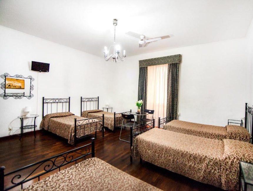 Funny Palaca Hostel Rome