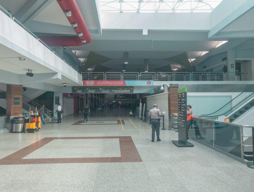 verlaten luchthaven santo domingo corona