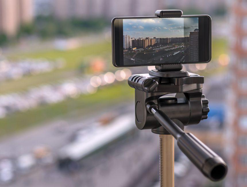 tripod smartphone