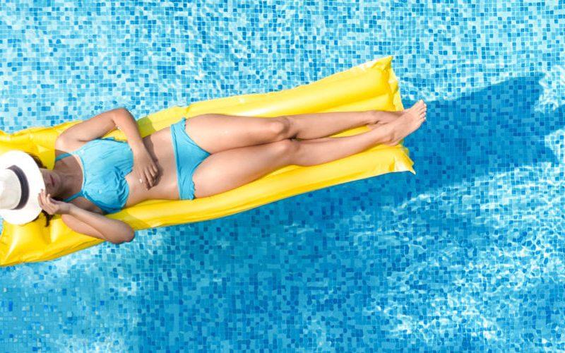 luchtmatras zwembad