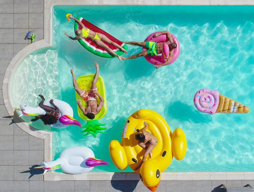 opblaasbaar zwembad figuren
