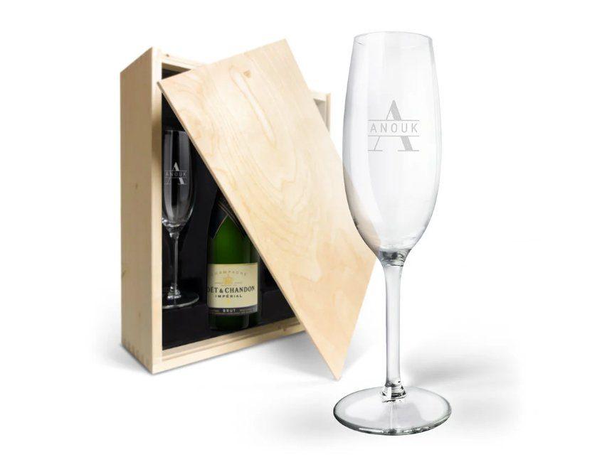huwelijkscadeau gegraveerde champagne