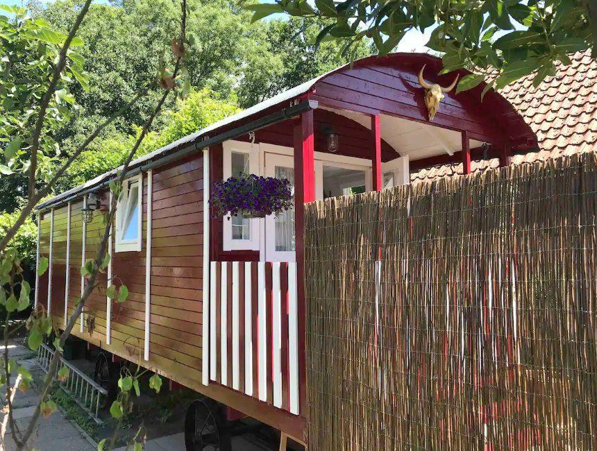 airbnb Grijpskerke pipowagen