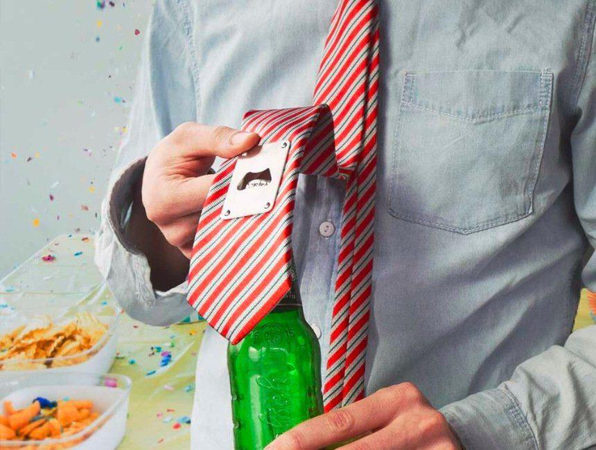 Bieropener stropdas grappig vaderdag cadeau