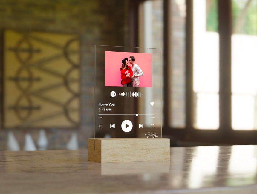 Postify Glass Album Cover