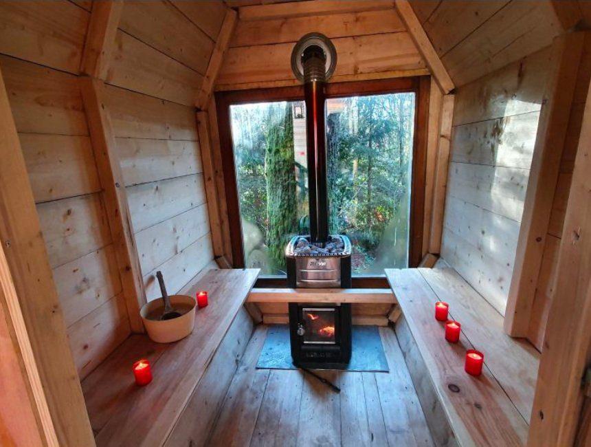 overnachten in het bos met sauna belgie