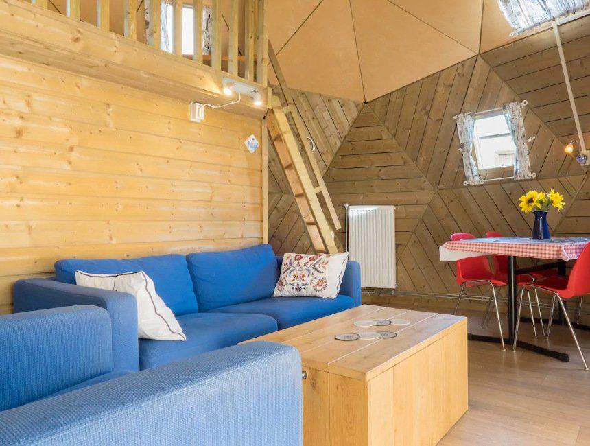houten iglo AirBNB