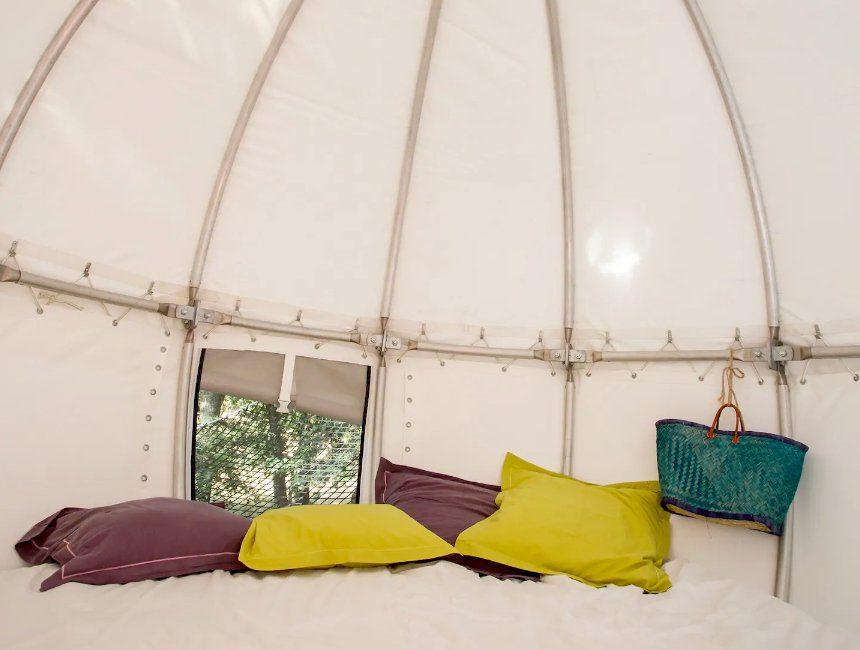 uniek overnachten Frankrijk Cocoon Tree Tent