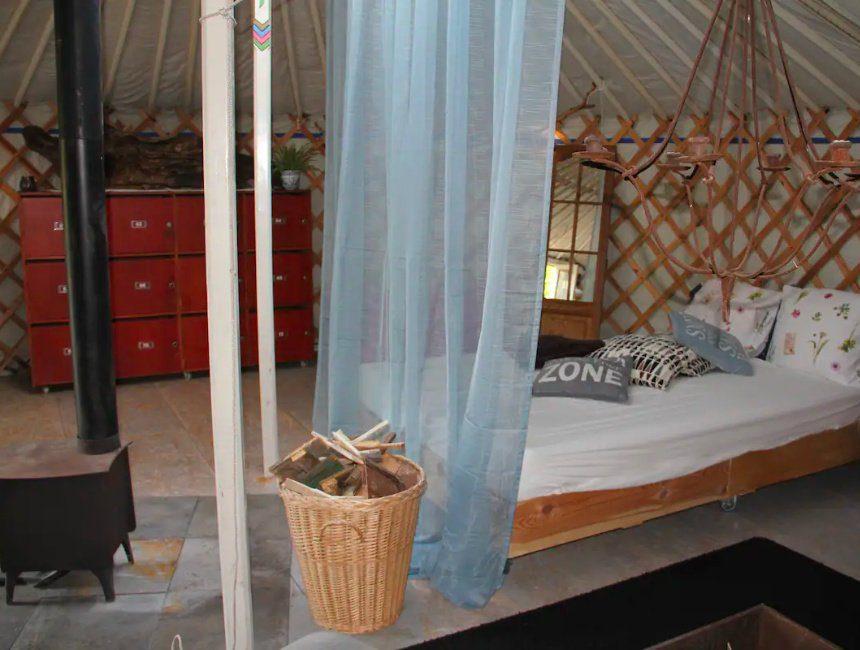 yurt airbnb oksdonk