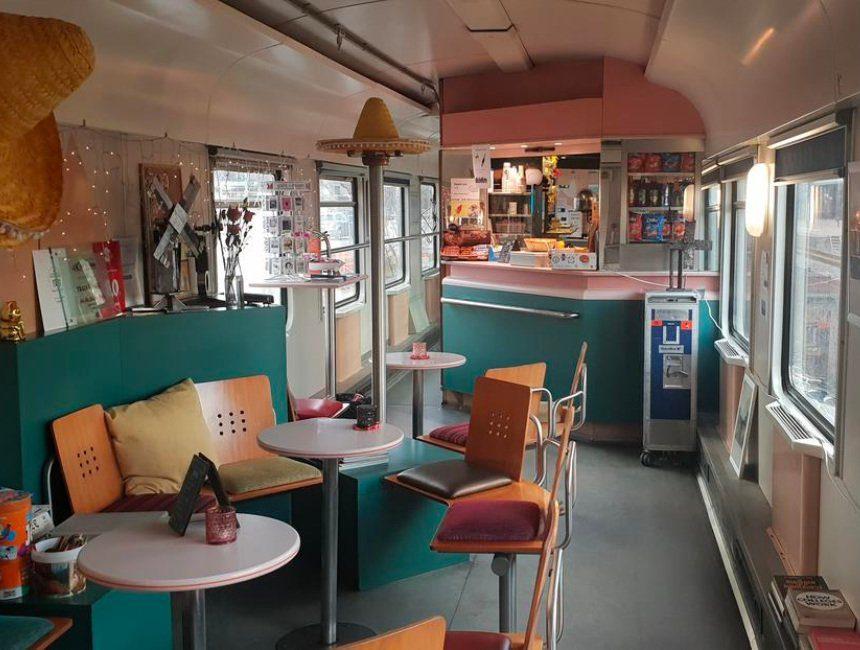 Train Lodge Amsterdam origineel overnachten
