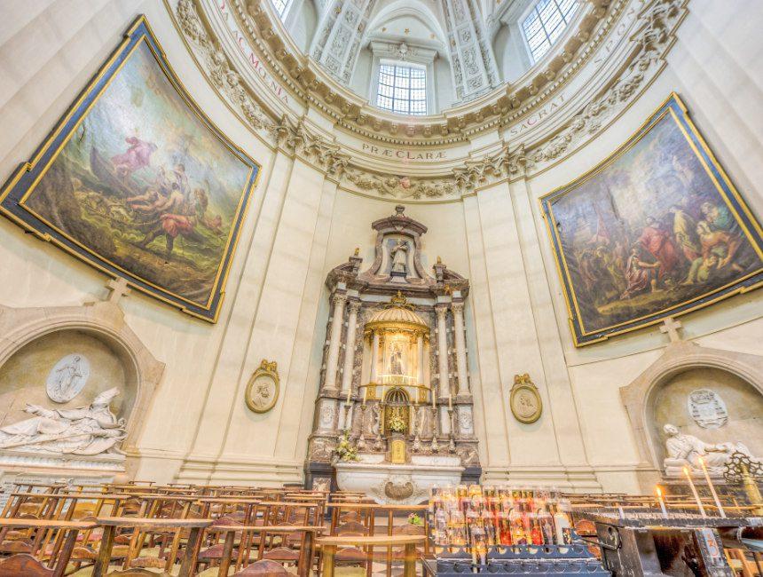 Saint Aubain Kathedraal bezienswaardigheden Namen
