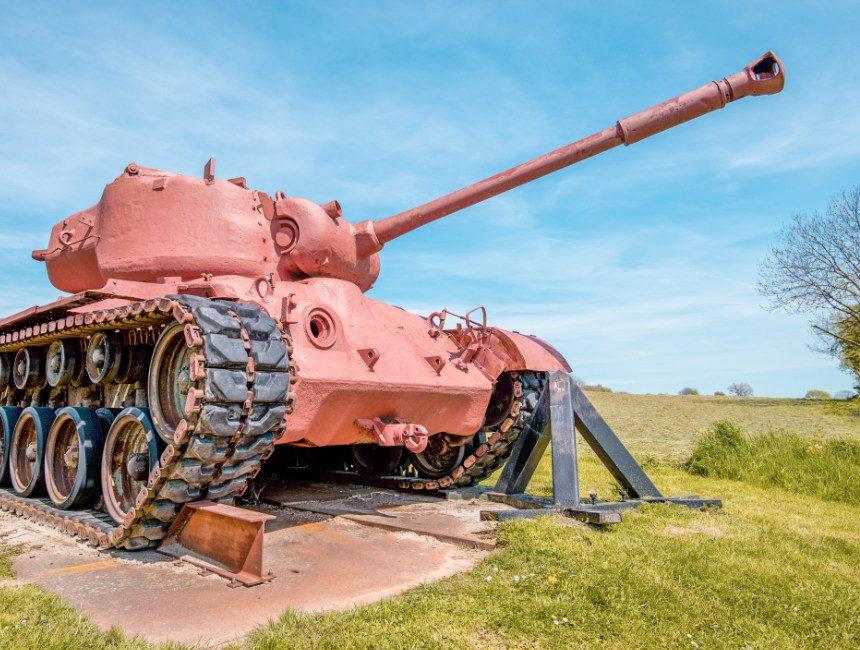 Tank fort Aubin-Neufchateau