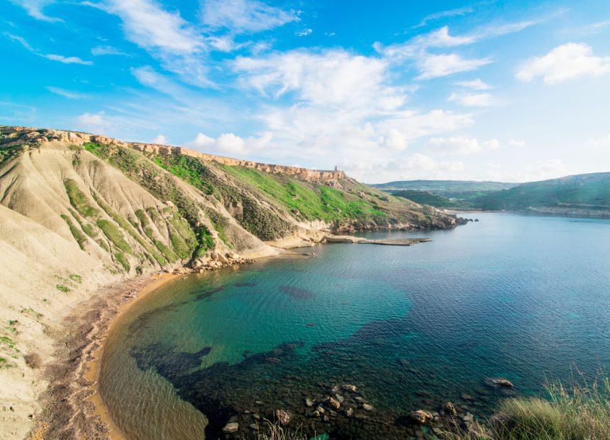 malta bezienswaardigheden ghajn tuffiehna strand