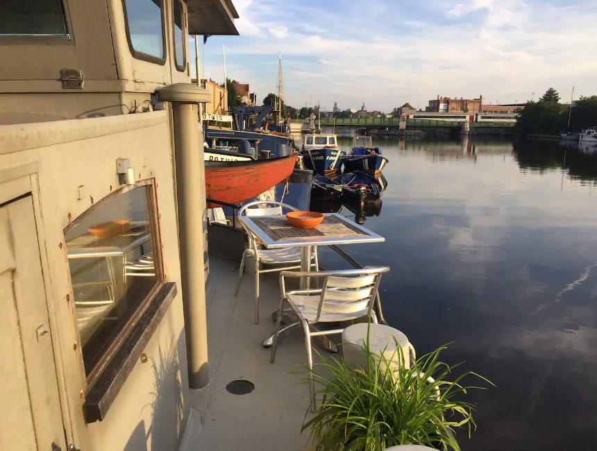 Water Side Stay AirBNB