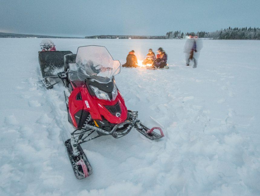 sneeuwscooter rovaniemi