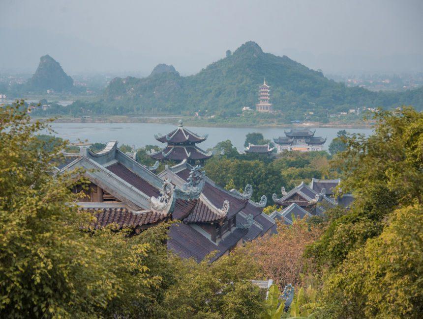 bich dong pagoda vietnam