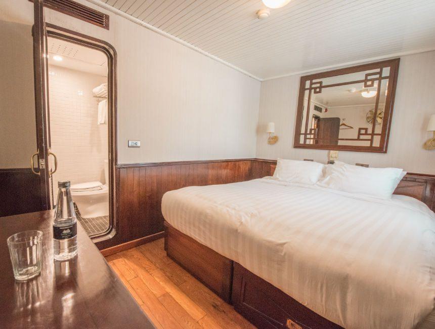 emeraude classic cruises halong bay