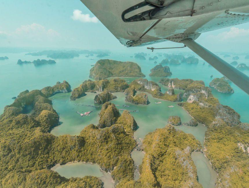 vlucht boven halong bay vietnam