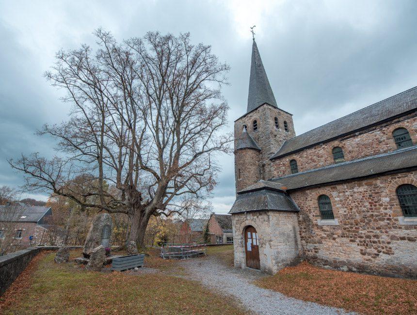 Église Sainte Walburge bezienswaardigheden omgeving durbuy