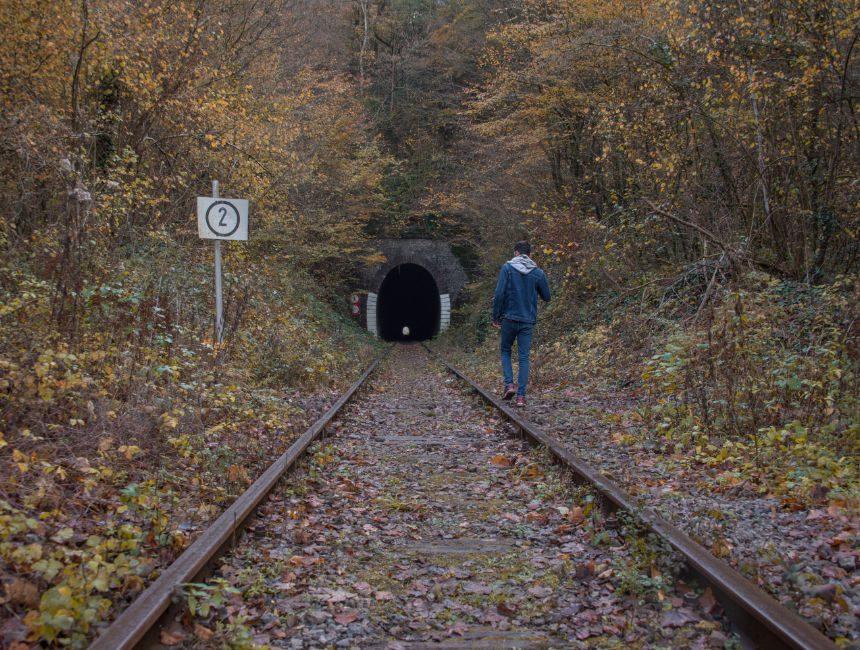 spoorweg Fondry des Chiens