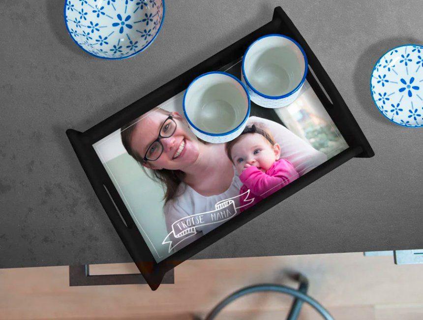 Gepersonaliseerd dienblad moederdag cadeau maken