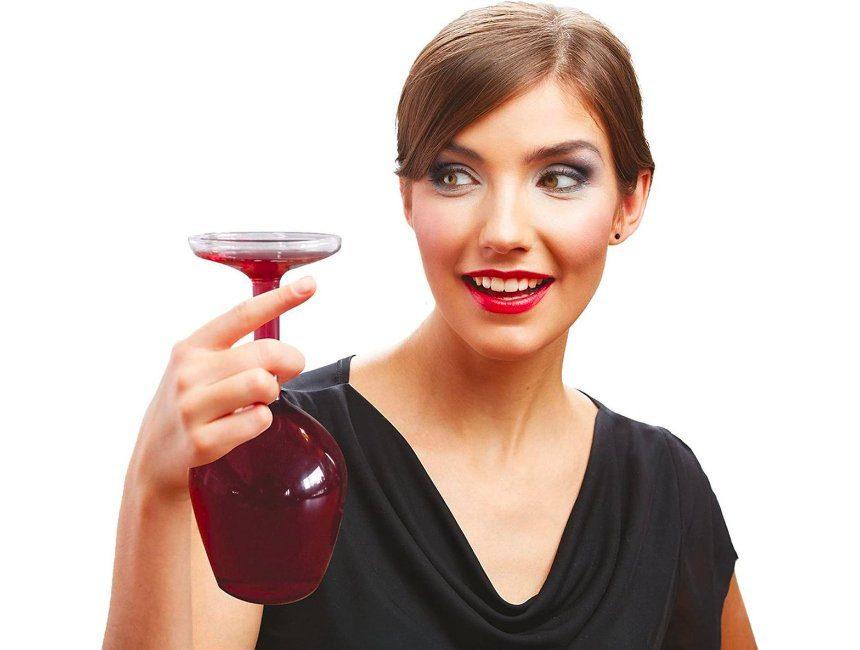 Upsidedown wijnglas tips origineel moederdag cadeau
