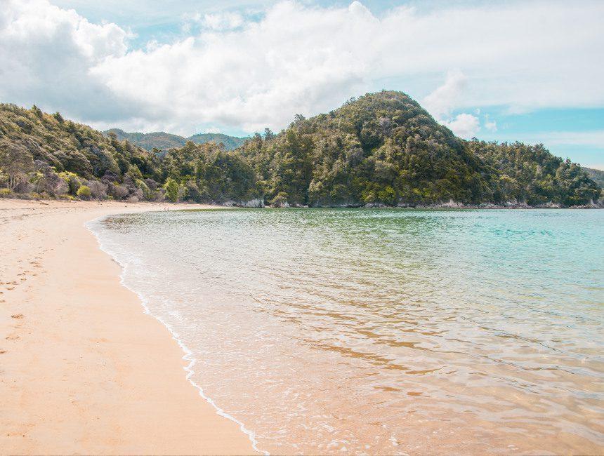 nieuw-zeeland bezienswaardigheden abel tasman national park