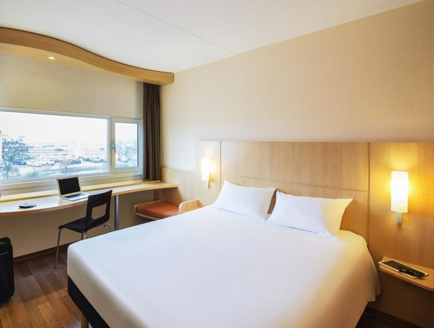 Park Sleep Fly Schiphol hotel Ibis schiphol amsterdam airport