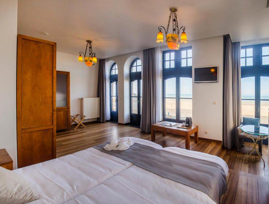 hotel met zicht op zee villa select de panne