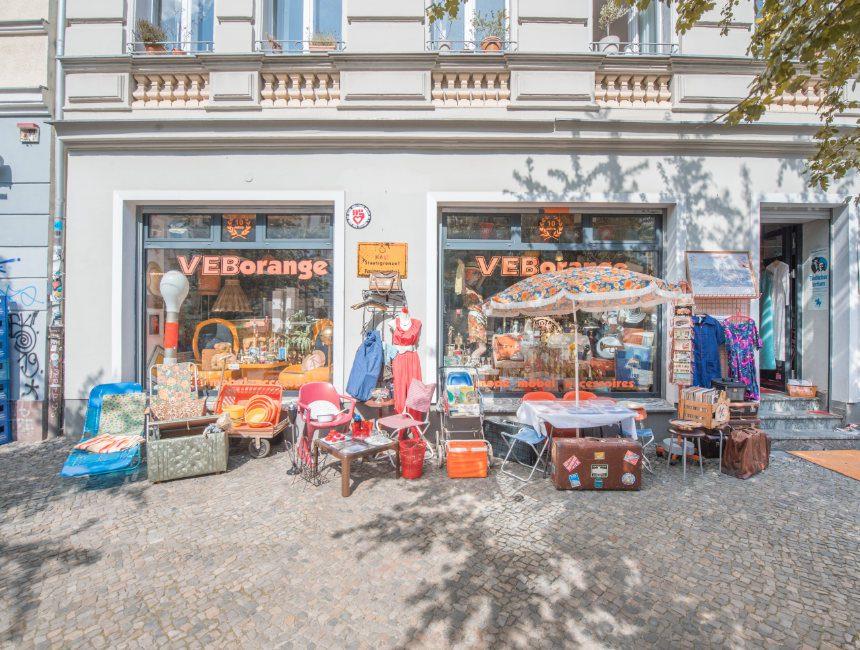 VEB orange Berlijn tweedehandswinkel