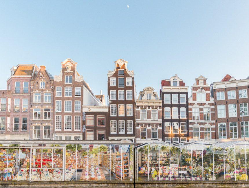 dingen om te doen in Amsterdam drijvende bloemenmarkt
