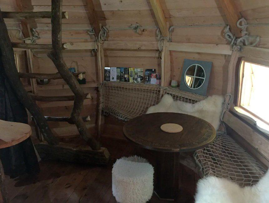 Cabane perchée Lalégende Airbnb